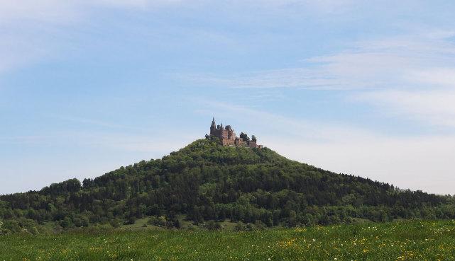 Wohnungen mit Blick auf die Burg Hohenzollern