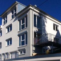 Niedrigenergiehaus mit drei Wohnungen in Albstadt